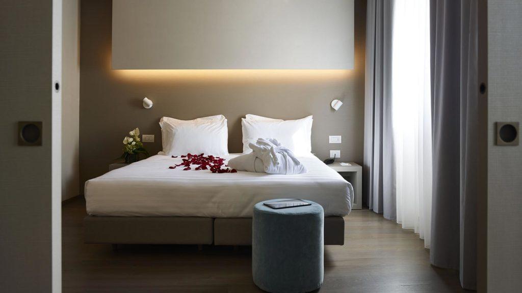 Parquet rovere naturale per Hotel